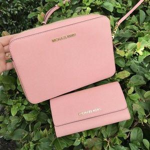 Michael Kors Jet Set LG Pink Leather Bag + Wallet